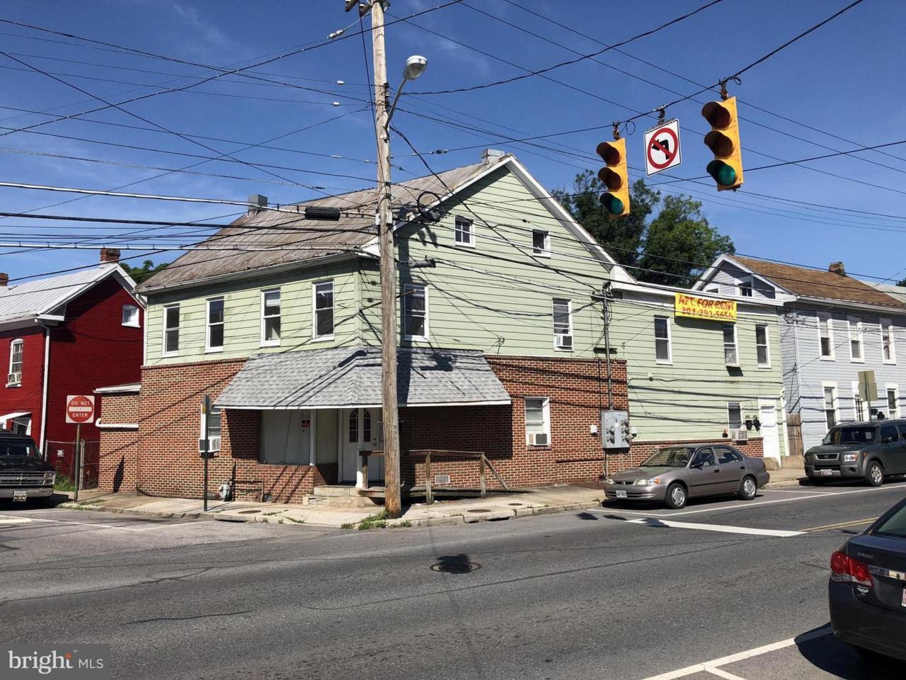 511 Salem Avenue - Photo 1