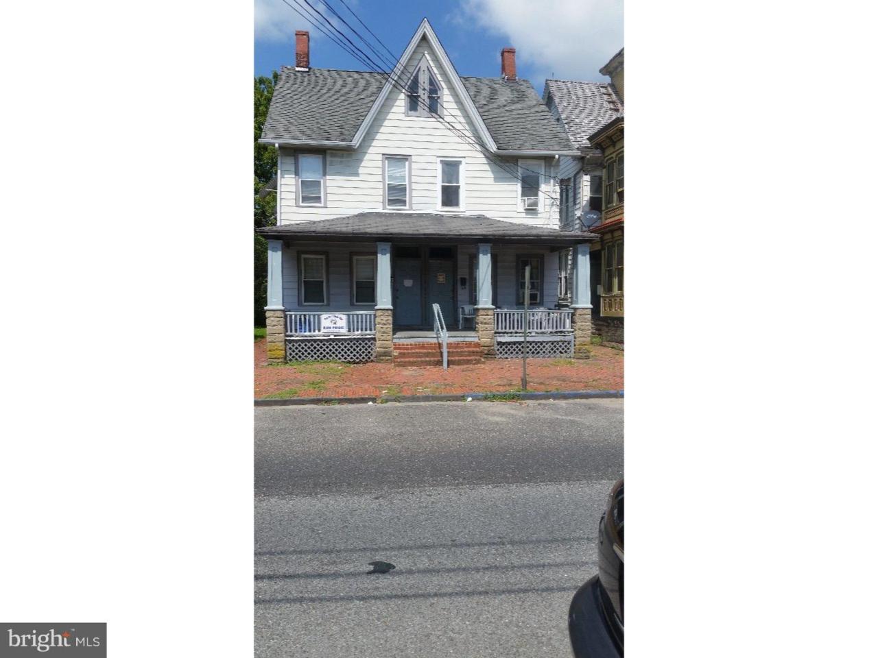 163-165 7TH Street - Photo 1