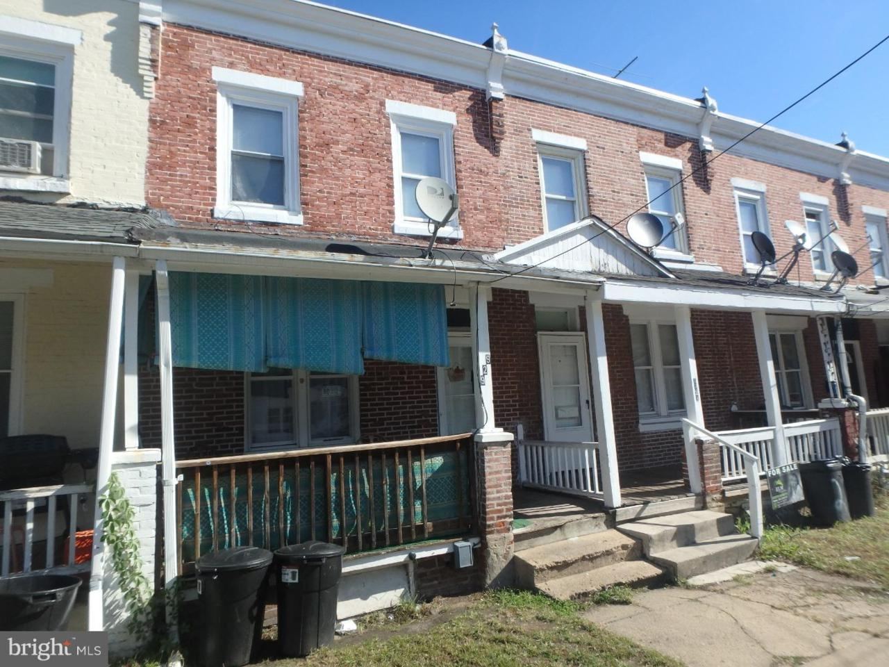 929 17TH Street - Photo 1