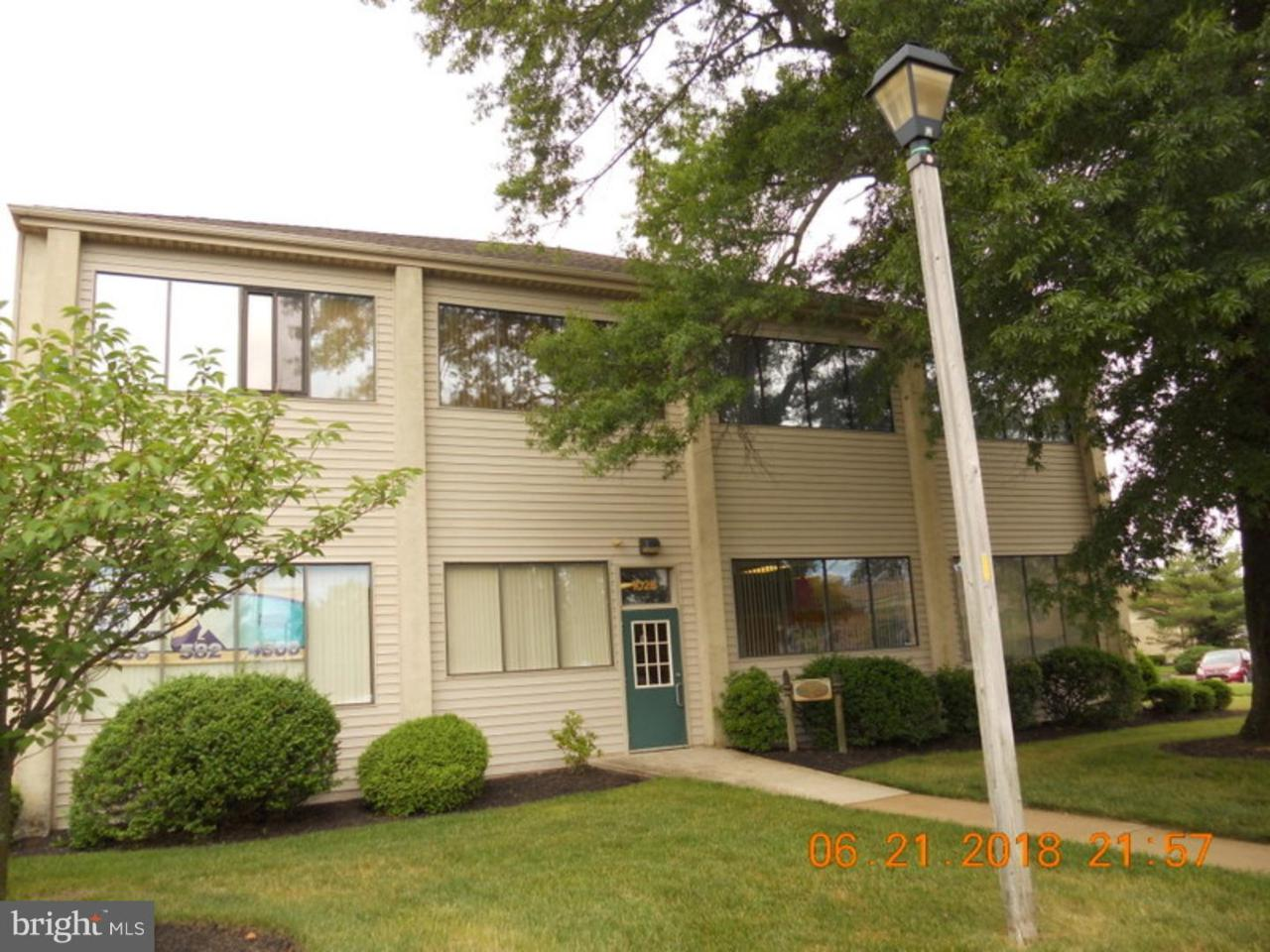 202B Kings Way W - Photo 1