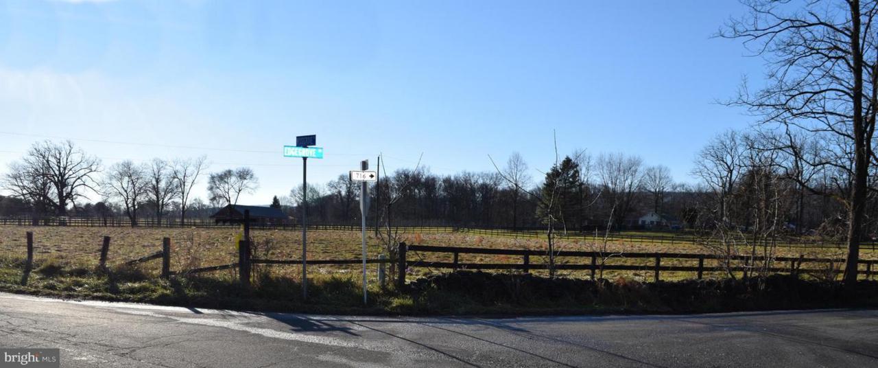 00 Edgegrove Road - Photo 1