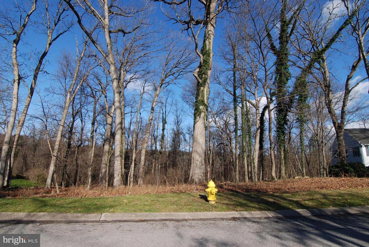 279 Brookwood Drive - Photo 1