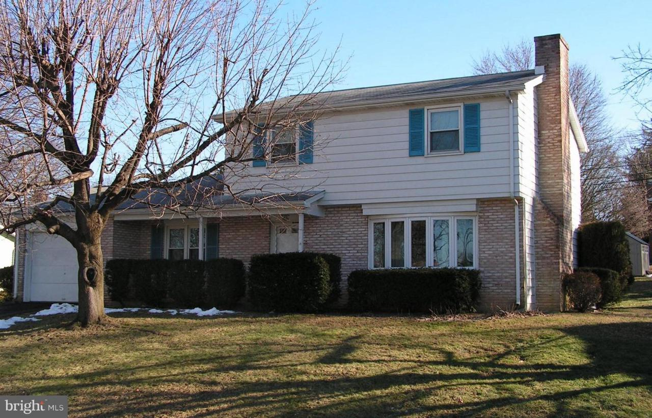 4 Conway Drive - Photo 1
