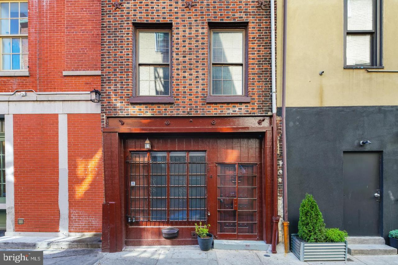 4 Strawberry Street - Photo 1