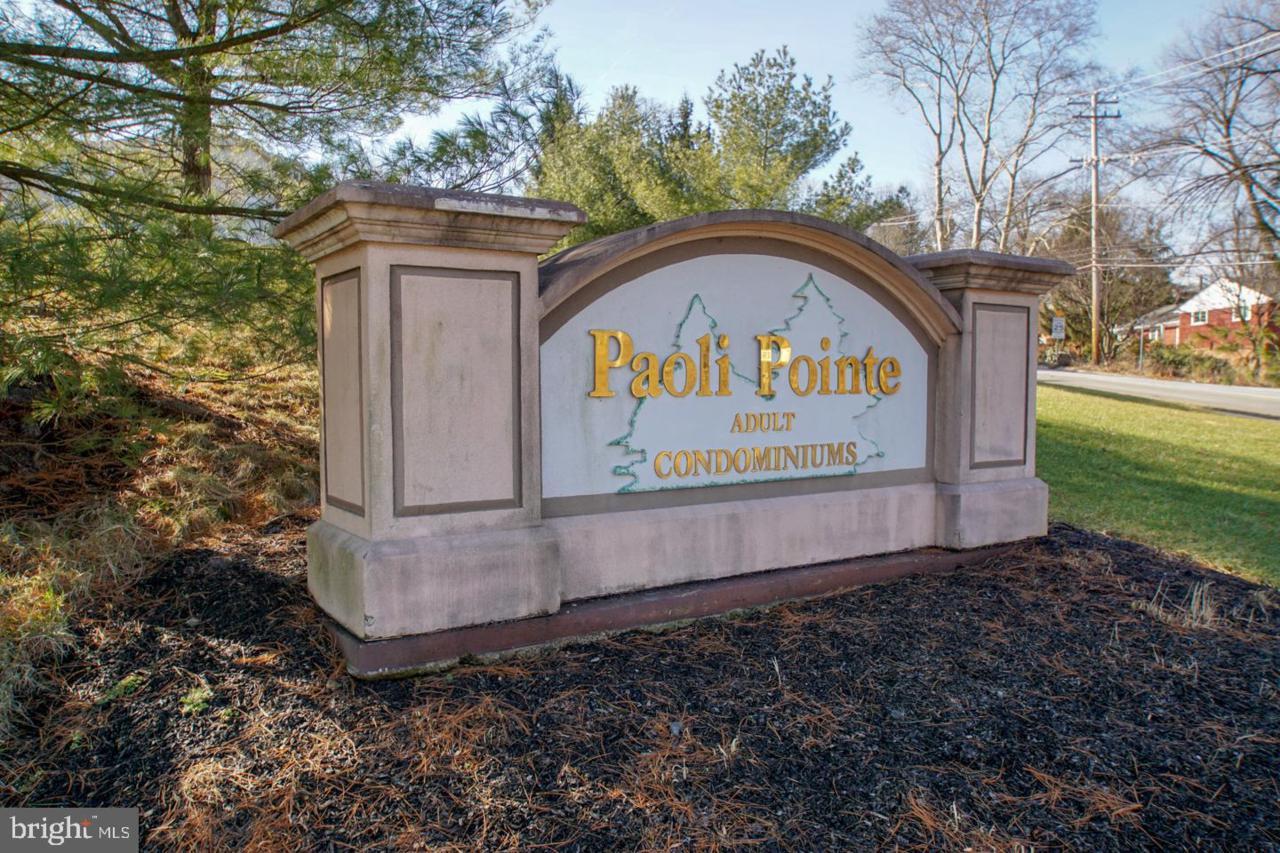 108 Paoli Pointe Drive - Photo 1