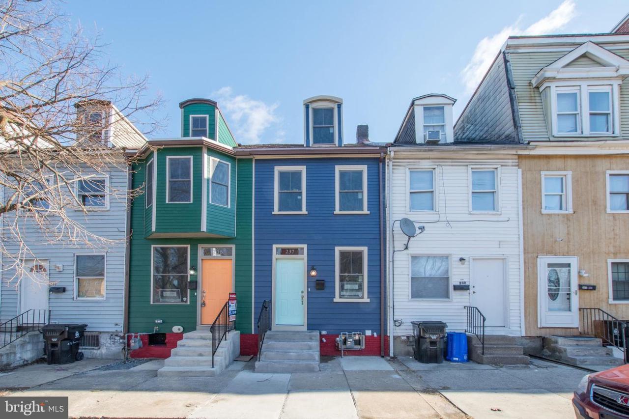 237 Hummel Street - Photo 1