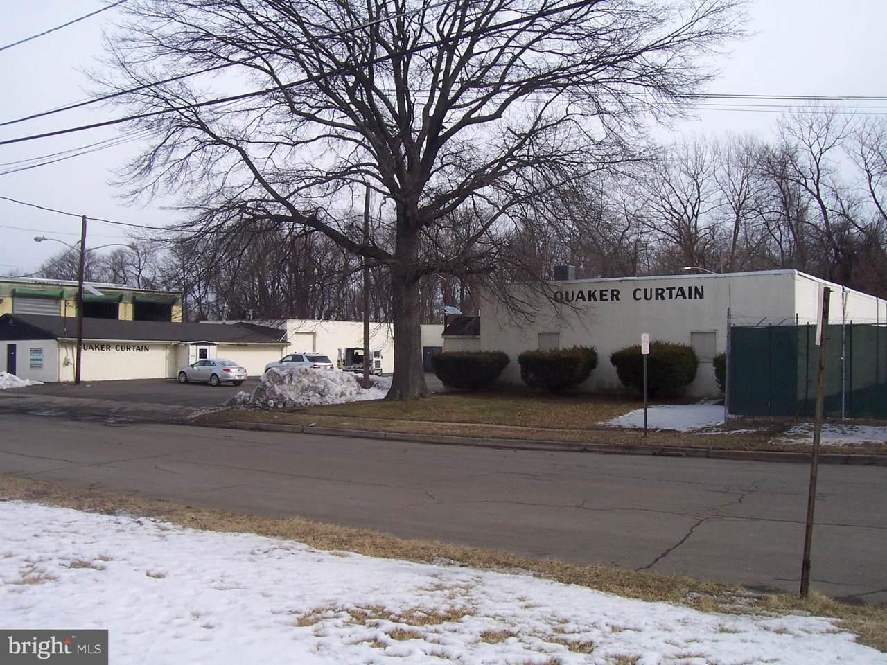 408 Stokes Avenue - Photo 1