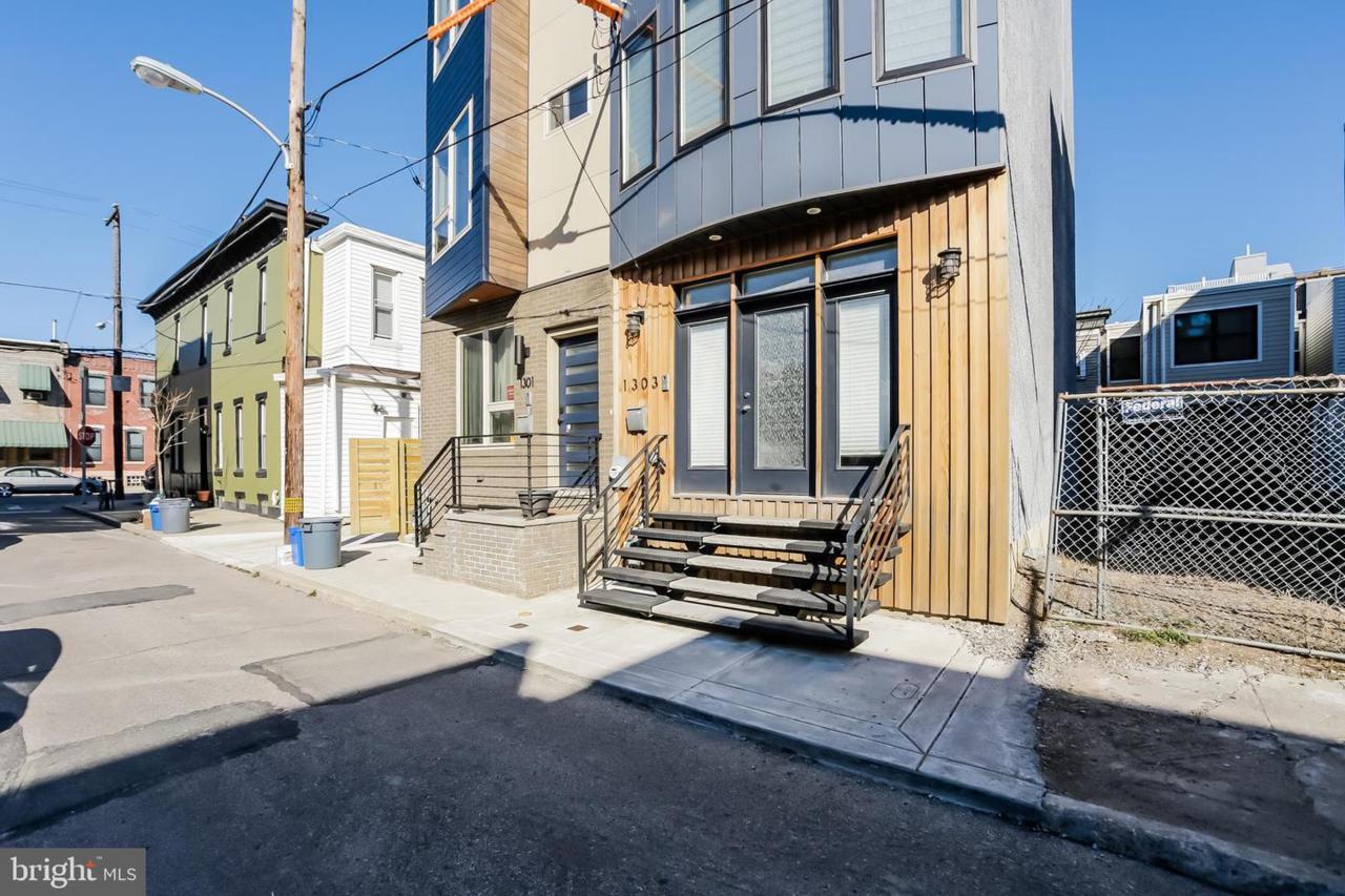 1303 Dorrance Street - Photo 1