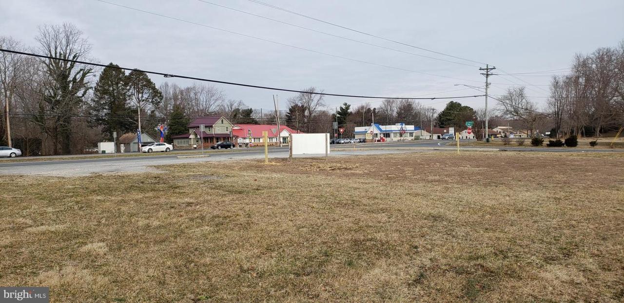 3511 Dupont Blvd. - Photo 1