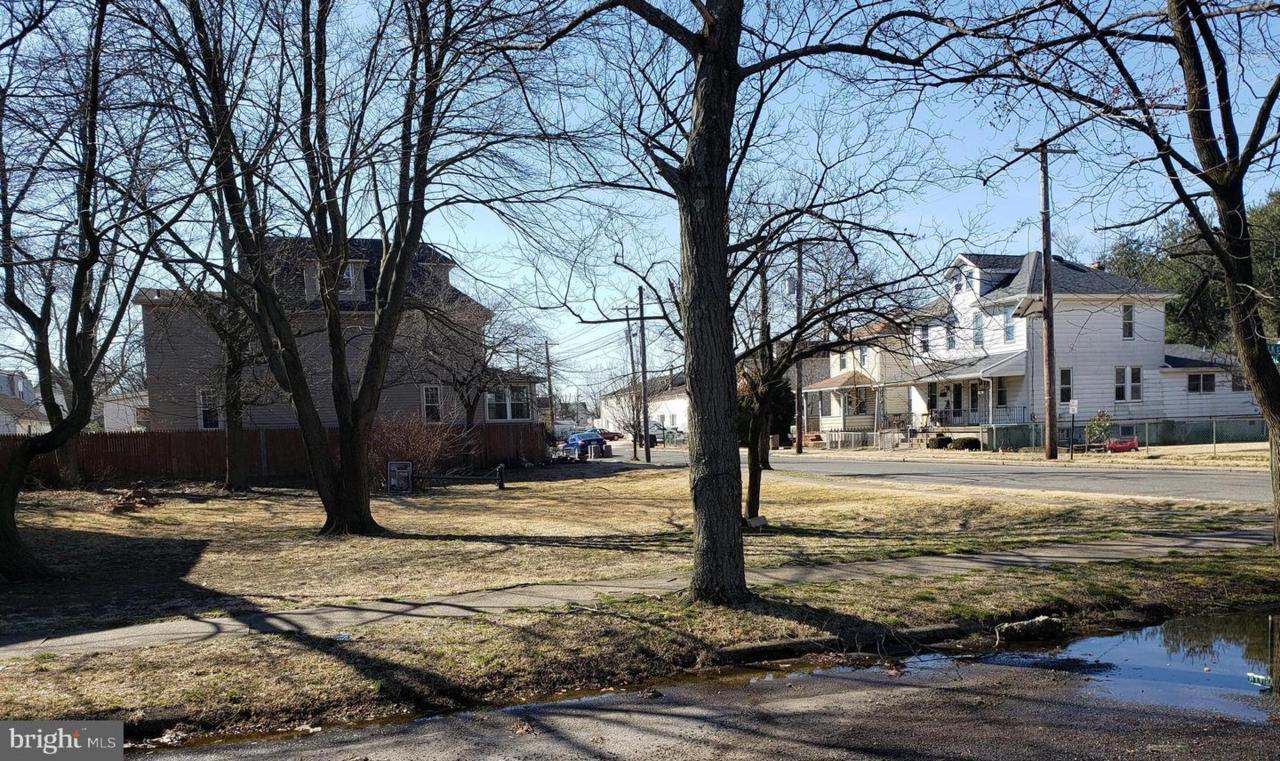 309 Fairview Street - Photo 1