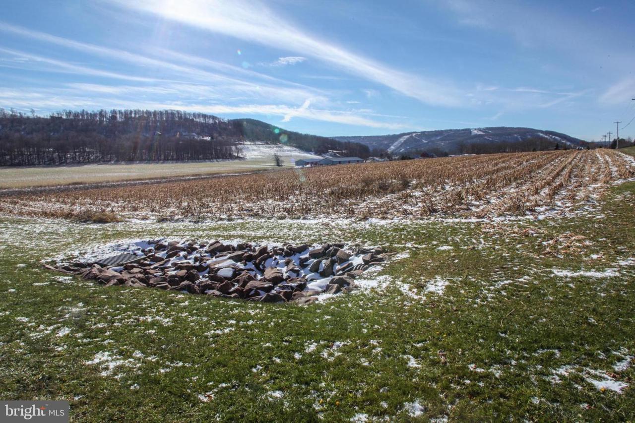 15 Settlers Pass - Photo 1