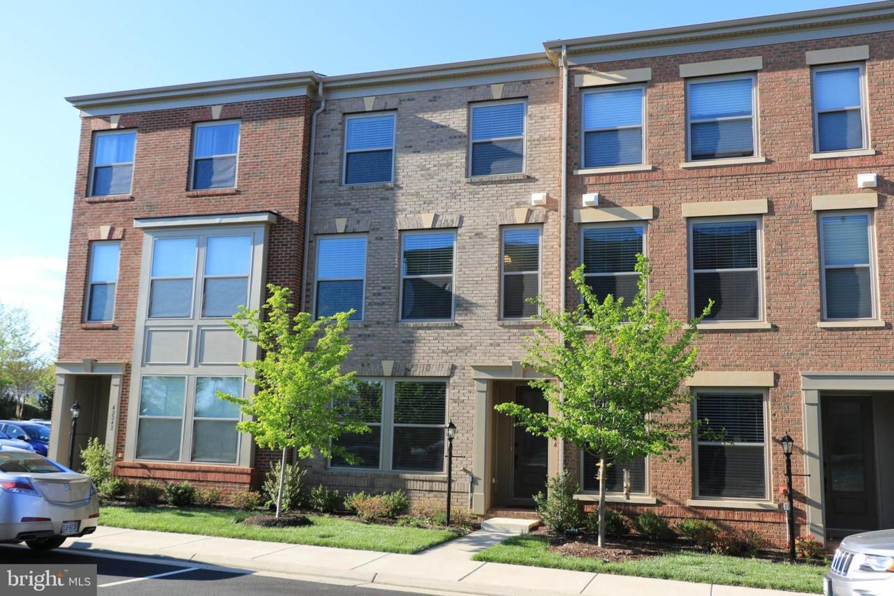 42244 Hampton Woods Terrace - Photo 1
