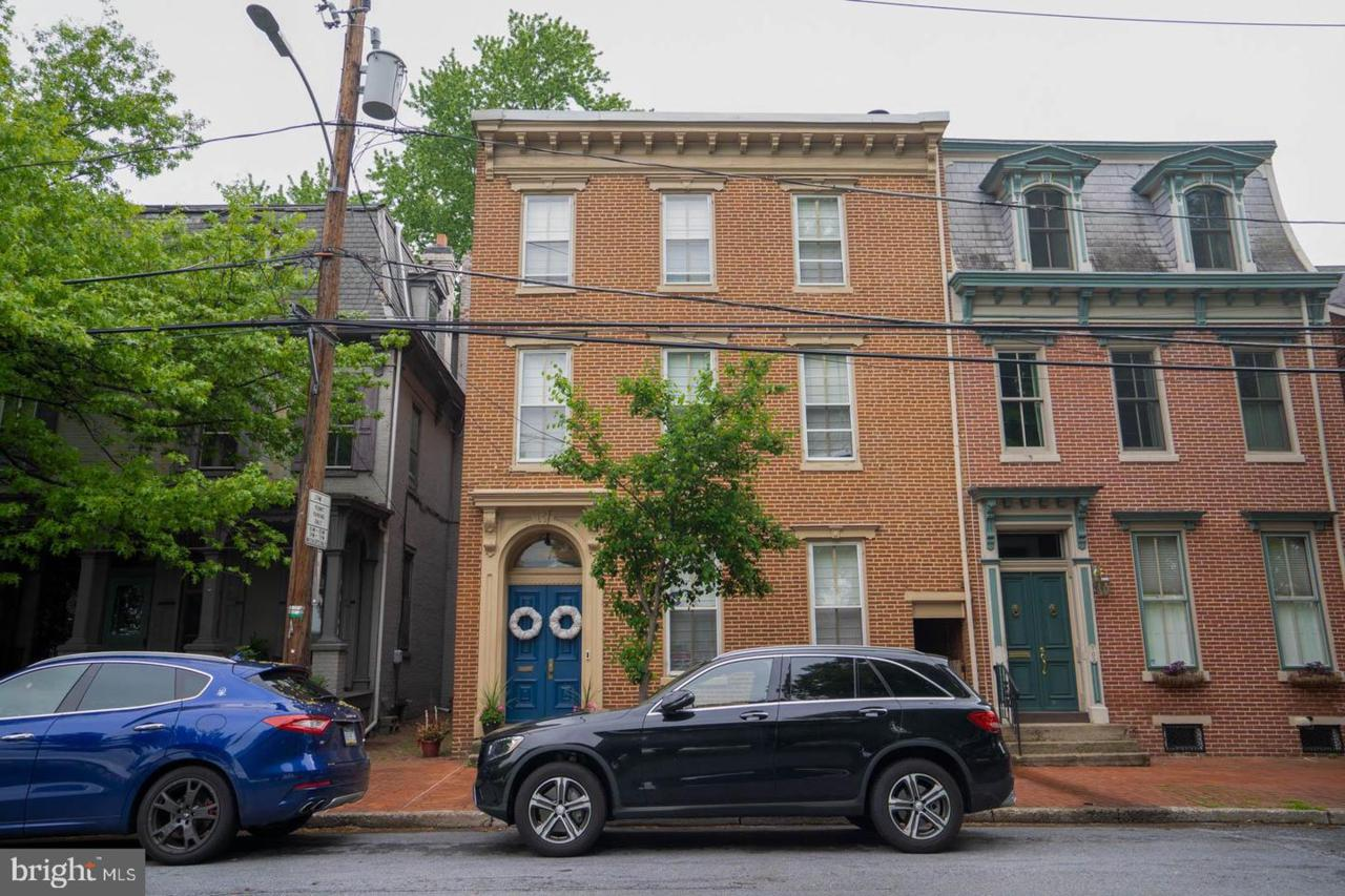 707 Front Street - Photo 1