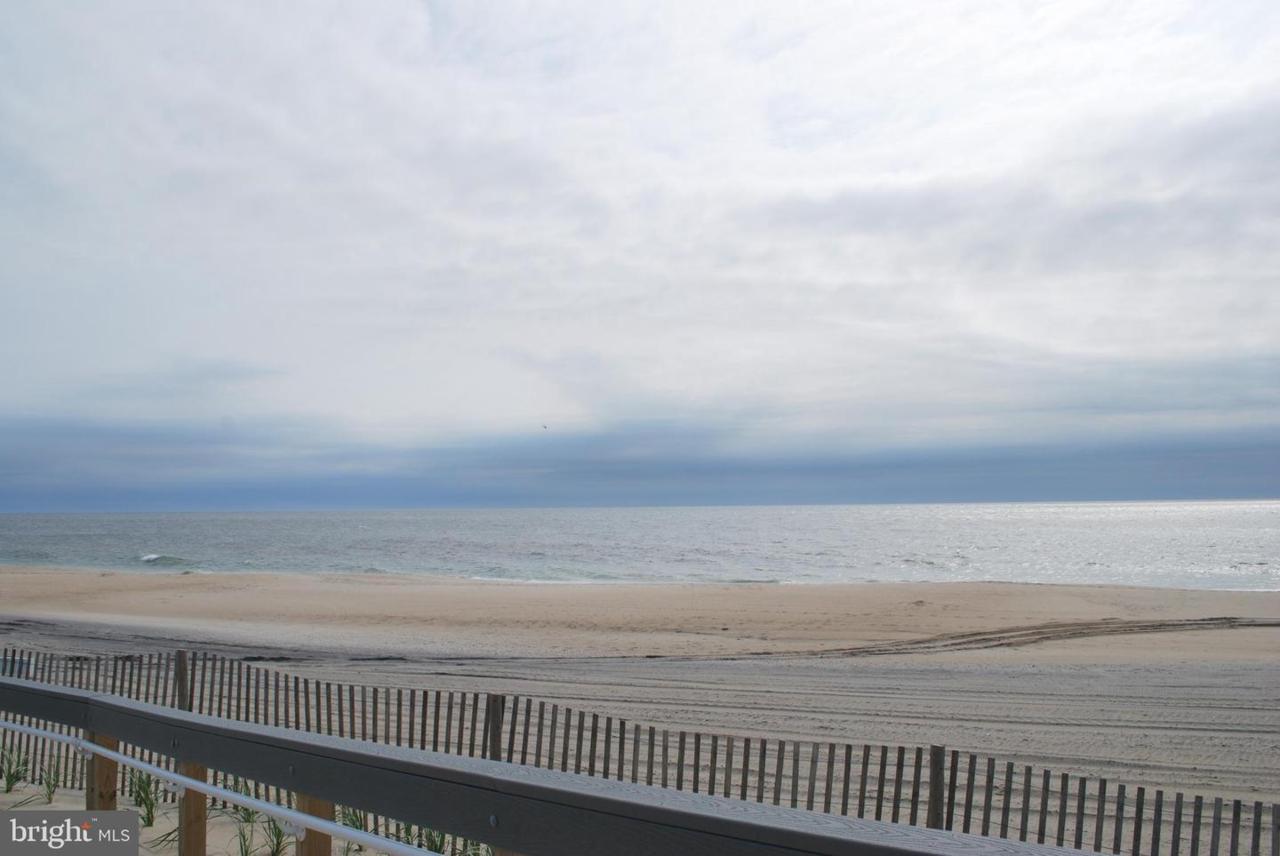 204 Ocean Drive - Photo 1