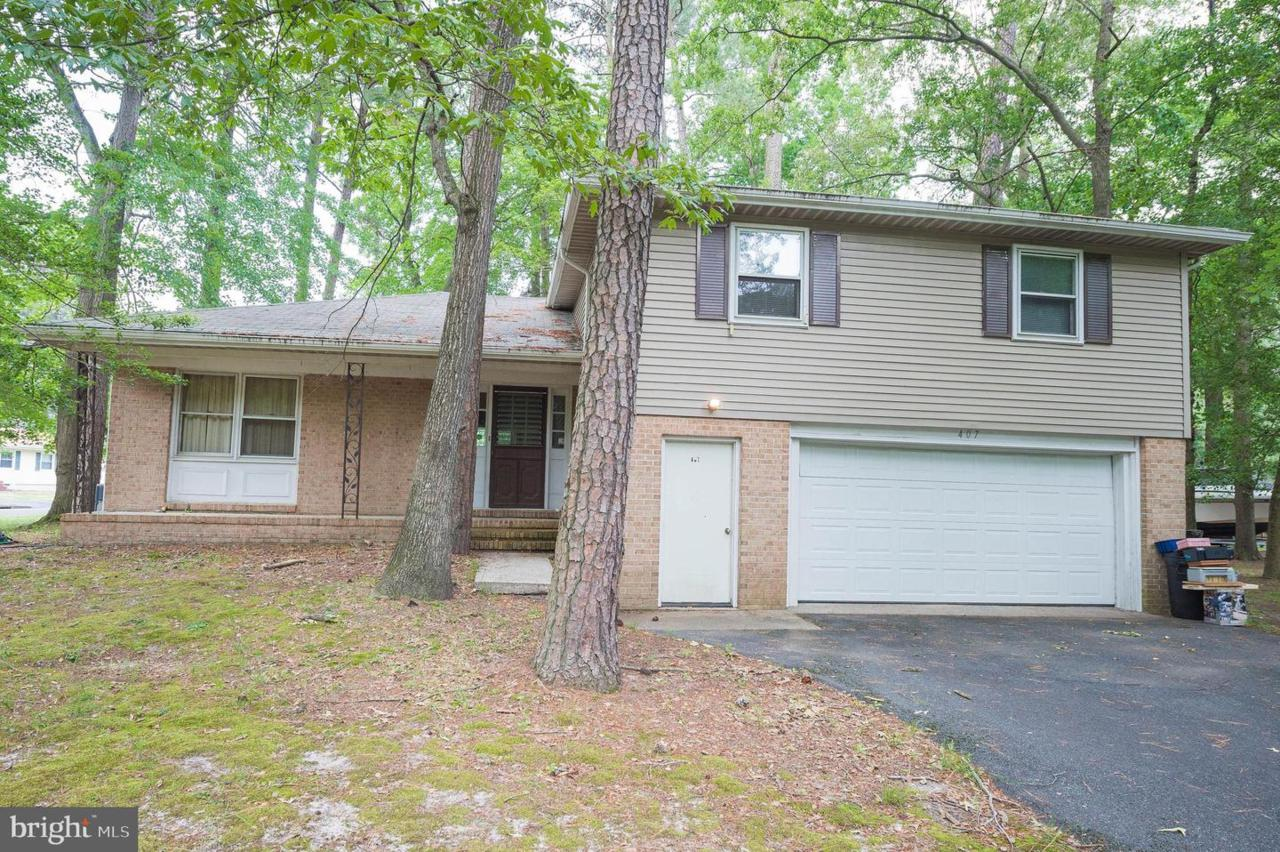 407 Forest Drive - Photo 1