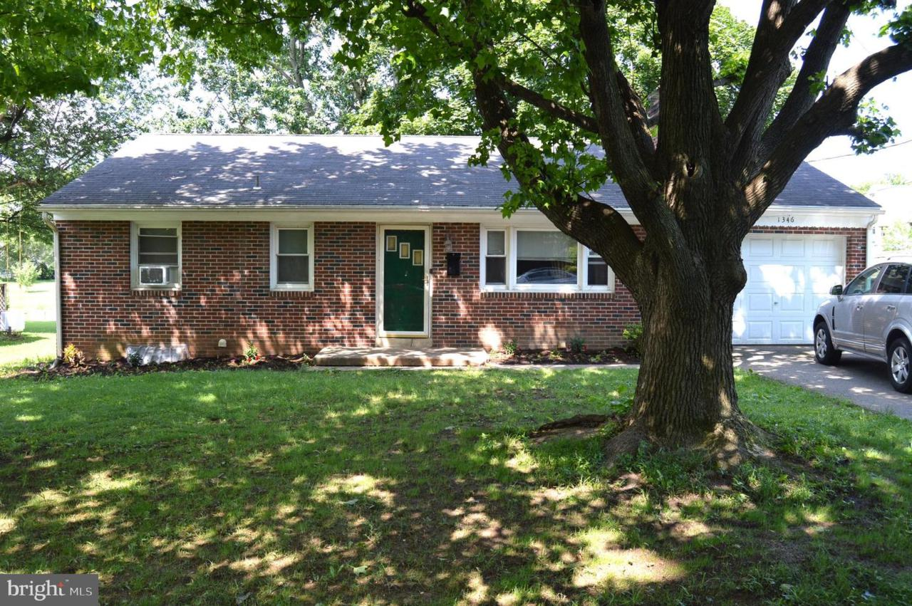 1346 Clearview Avenue - Photo 1