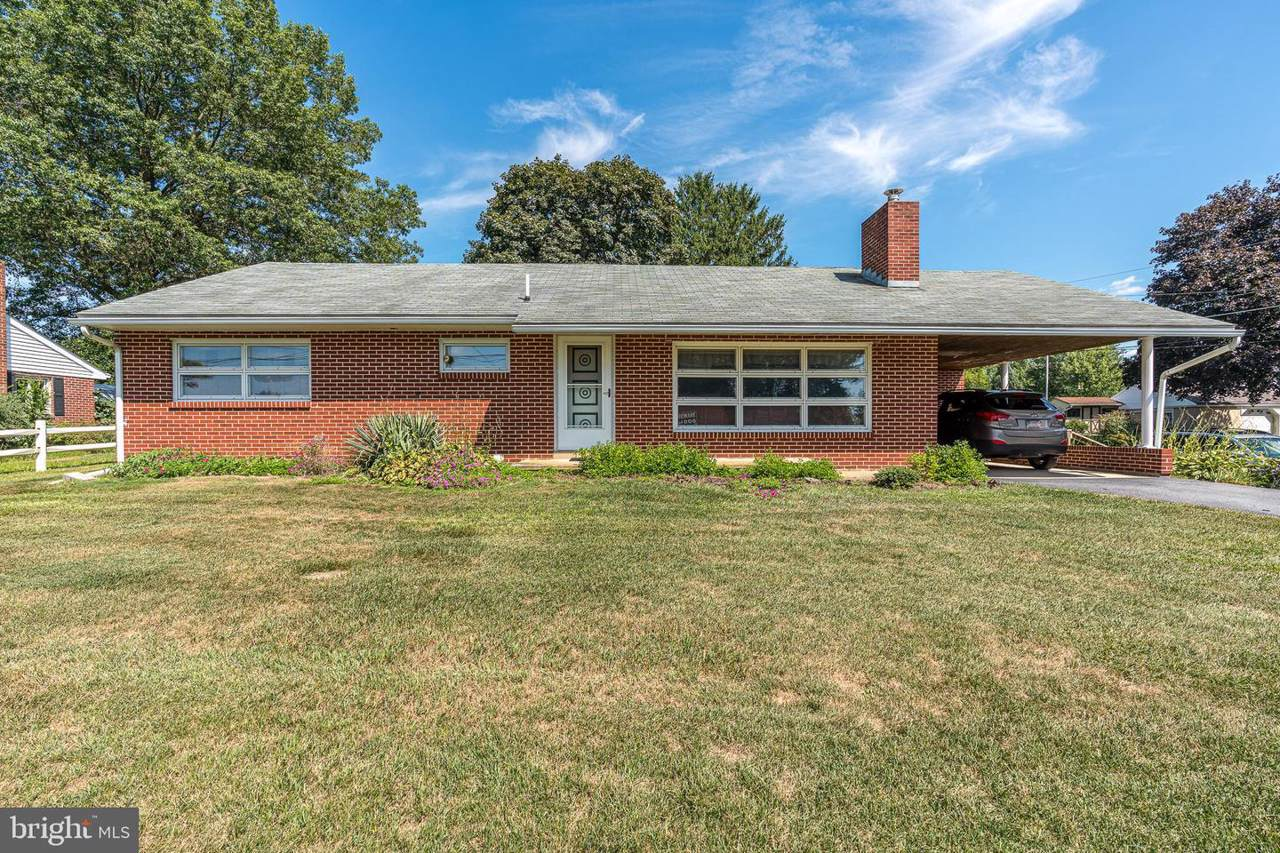 829 Pine Hill Road - Photo 1
