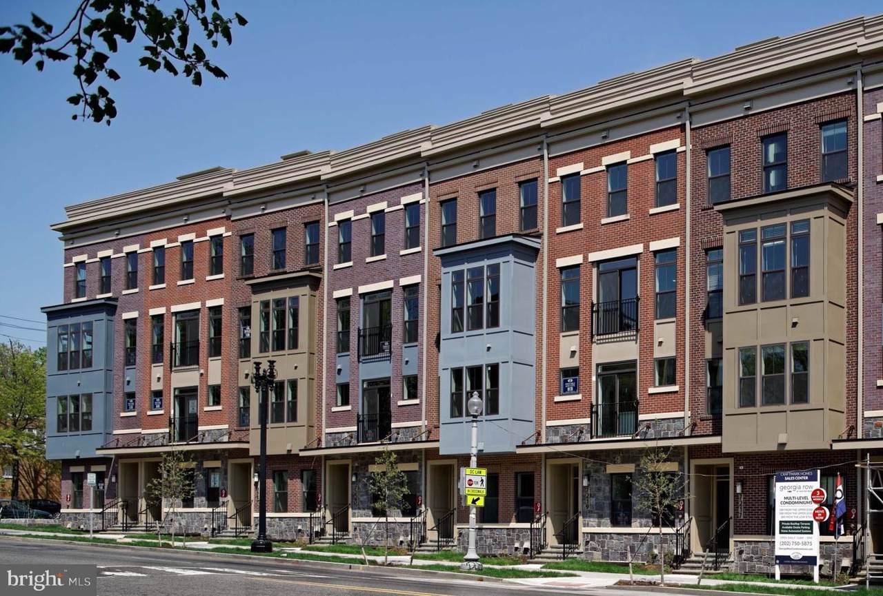 913 Elder Street - Photo 1