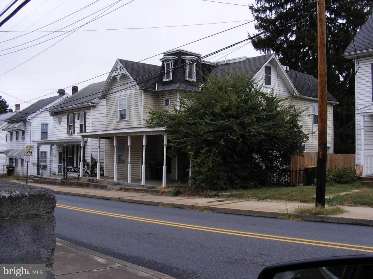 140 North Church - Photo 1
