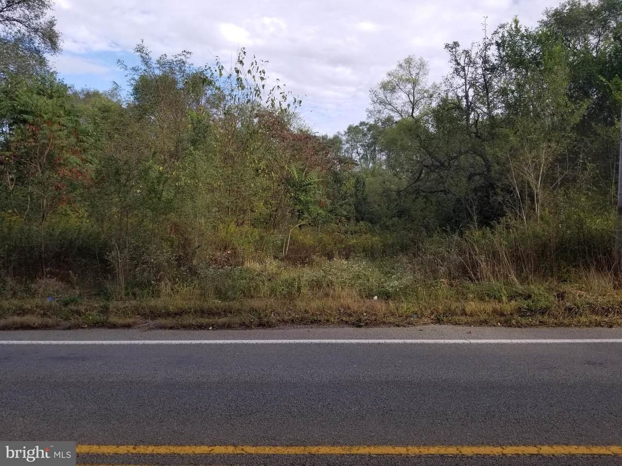 5470 Newside Road - Photo 1