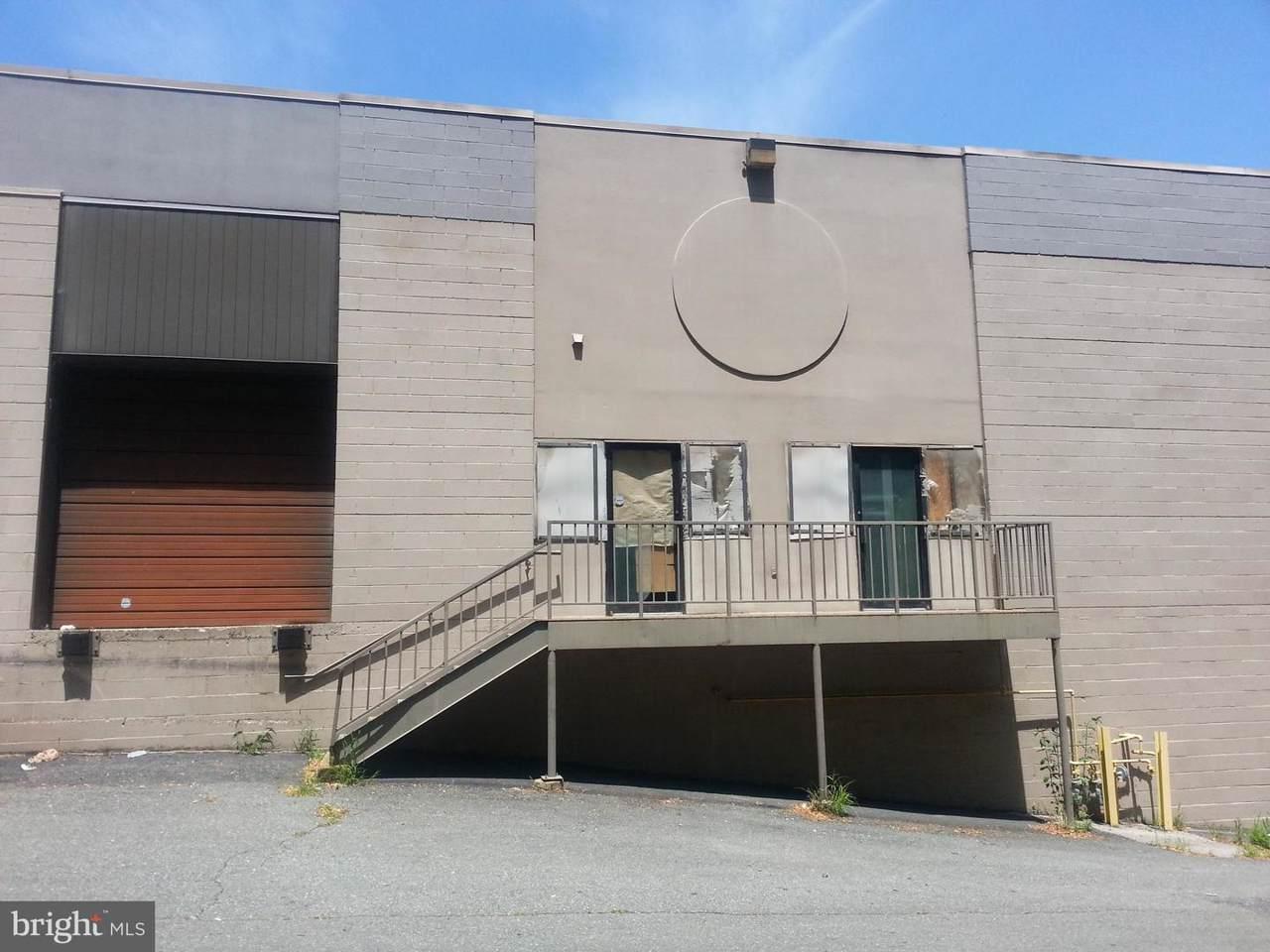 8741 Ashwood Drive - Photo 1