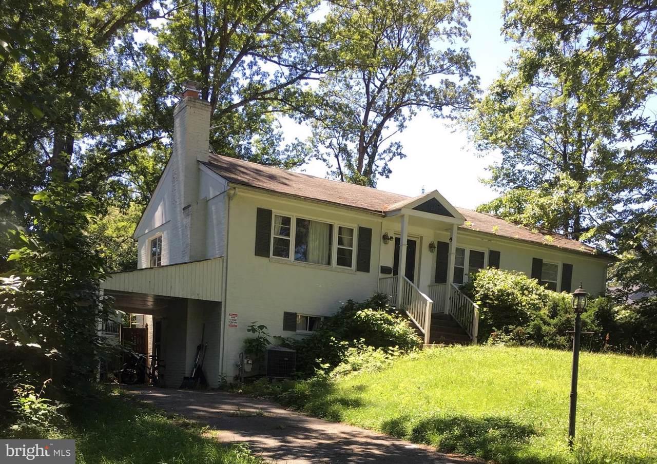 2338 Oak Street - Photo 1