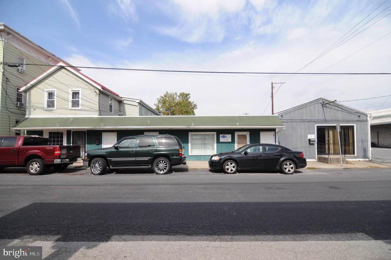 206 A Allen Street - Photo 1