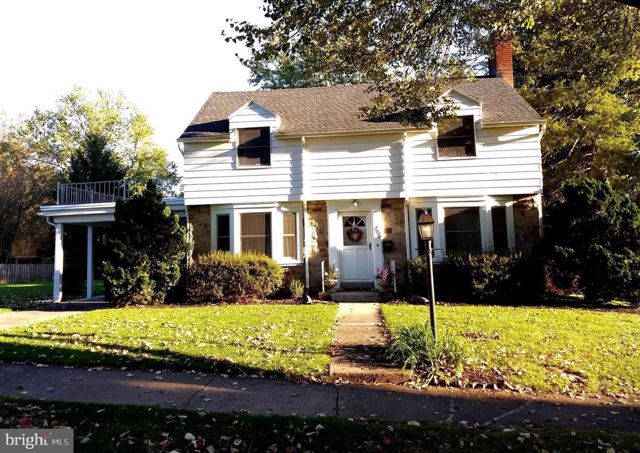 2939 Maple Road - Photo 1