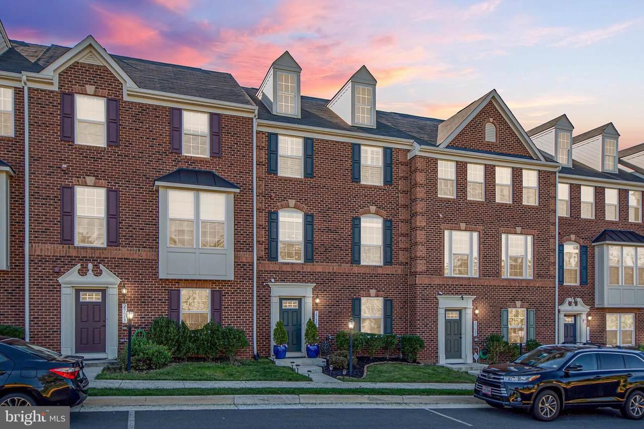 25687 Clairmont Manor Square - Photo 1