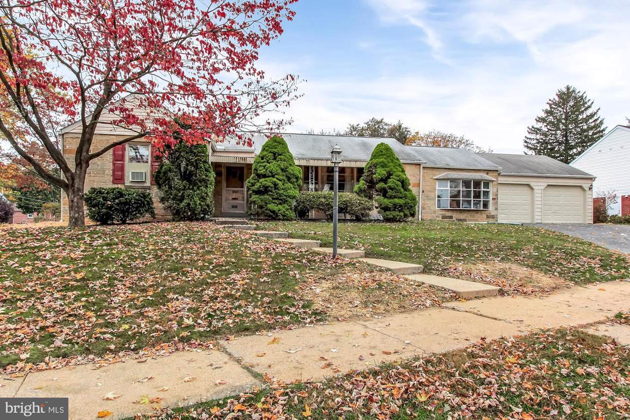 3040 Beverly Road - Photo 1