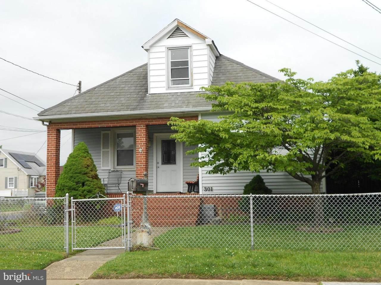 301 Taylor Avenue - Photo 1