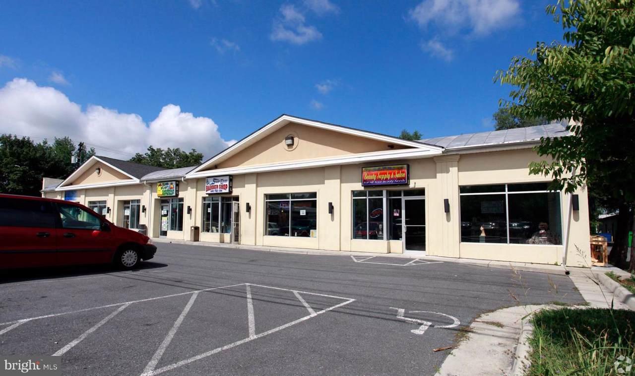 805 Loudoun Street - Photo 1