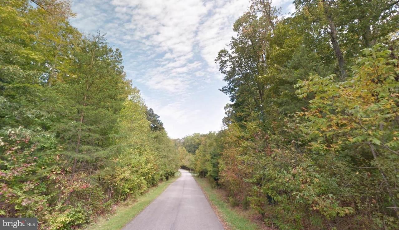 15905 Accolawn Road - Photo 1