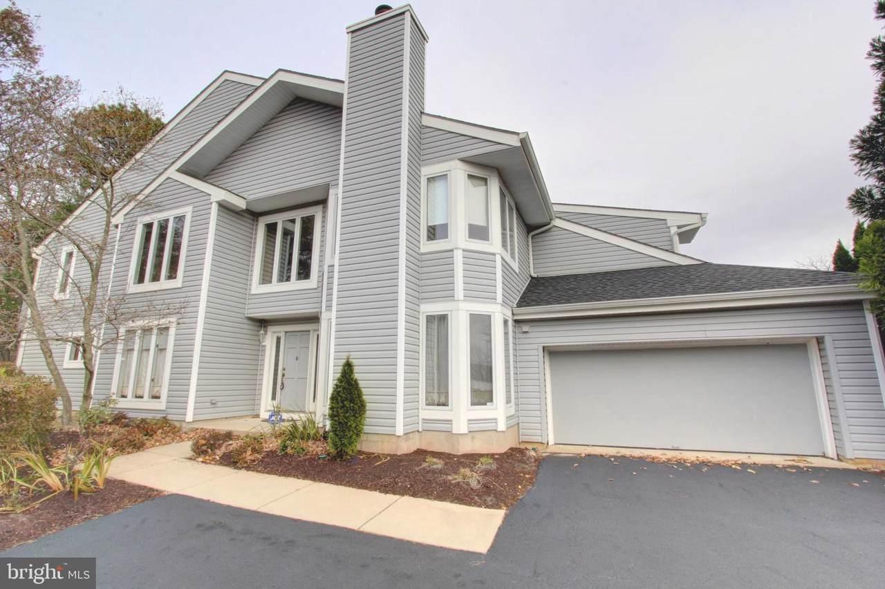 901 Champlain Drive - Photo 1