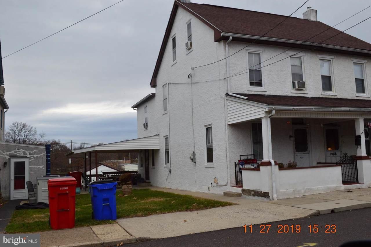 929 Walnut Street - Photo 1