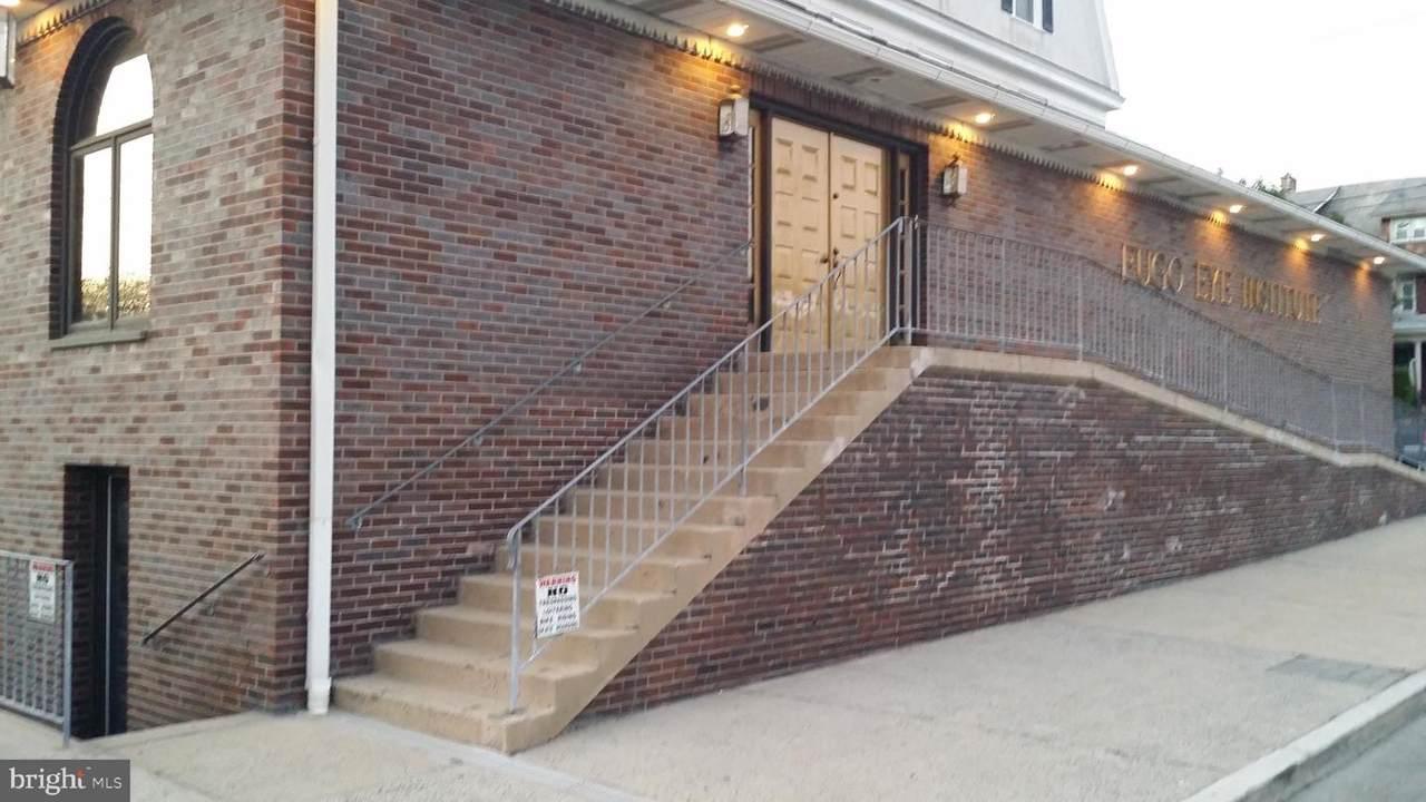 100-102 Fornance Street - Photo 1