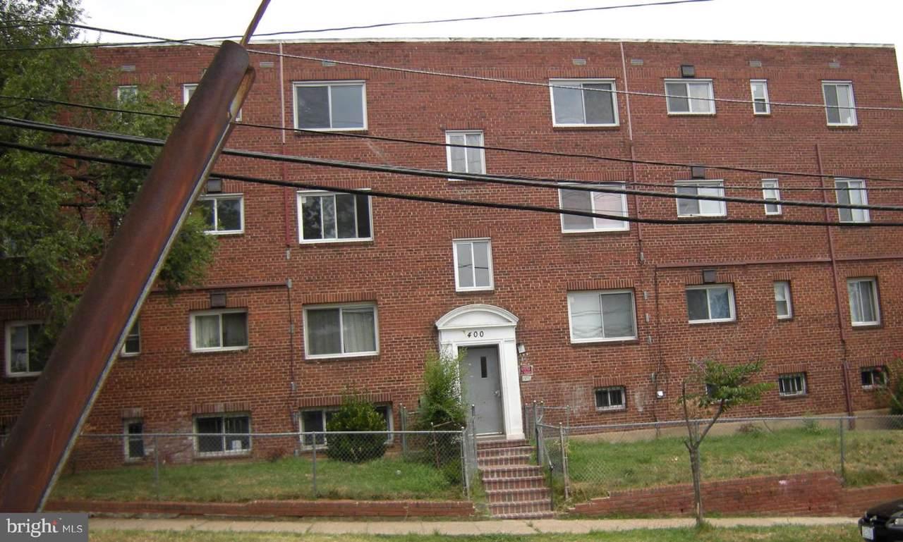 400 Chesapeake Street - Photo 1