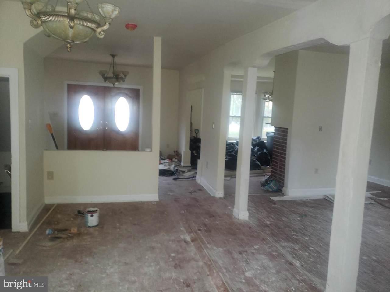 5818 Royal Oak Avenue - Photo 1