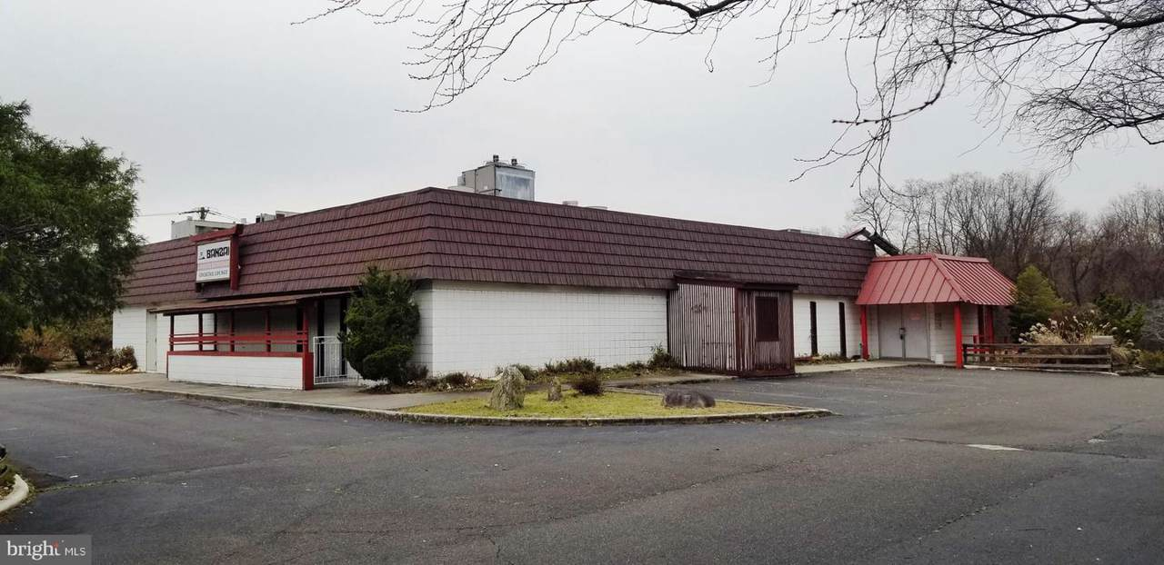 3690 Quakerbridge Road - Photo 1