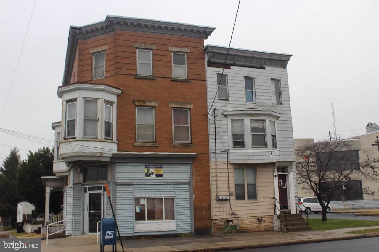 1802 6TH Street - Photo 1