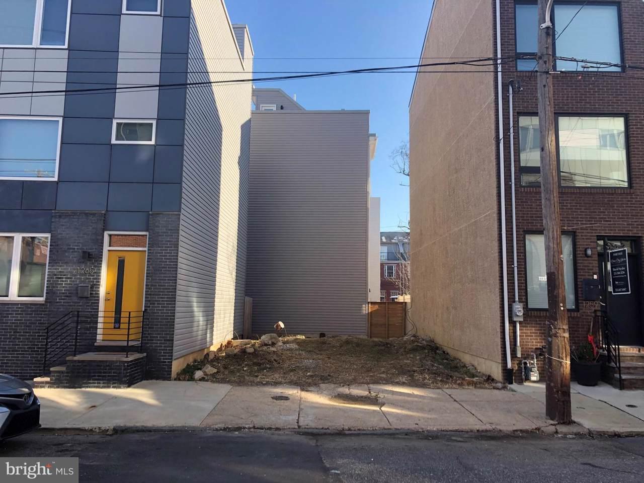 1261-63 Mascher Street - Photo 1