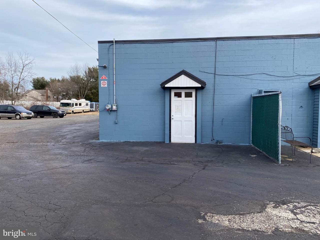 1636 Bridgeboro Road - Photo 1