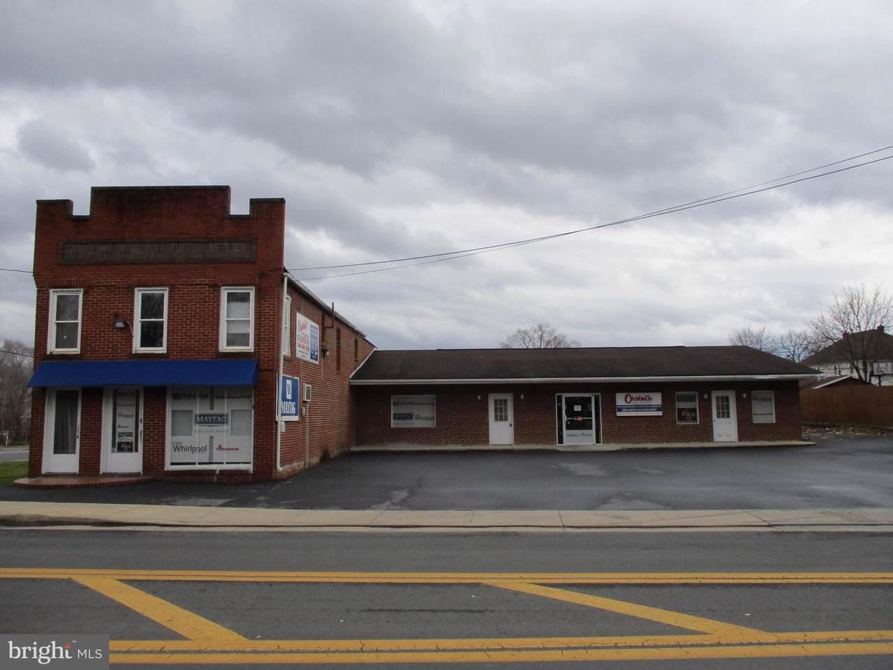 704 Winchester Avenue - Photo 1
