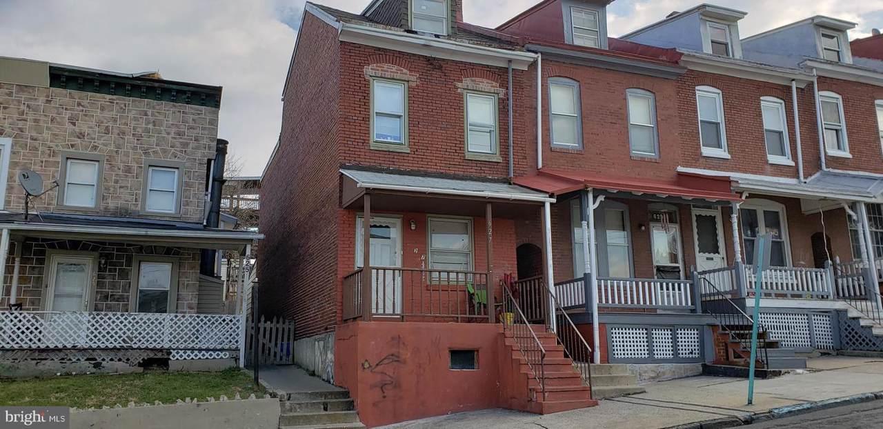 627 10TH Street - Photo 1