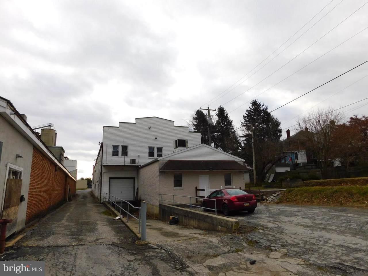 213 Lancaster Street - Photo 1