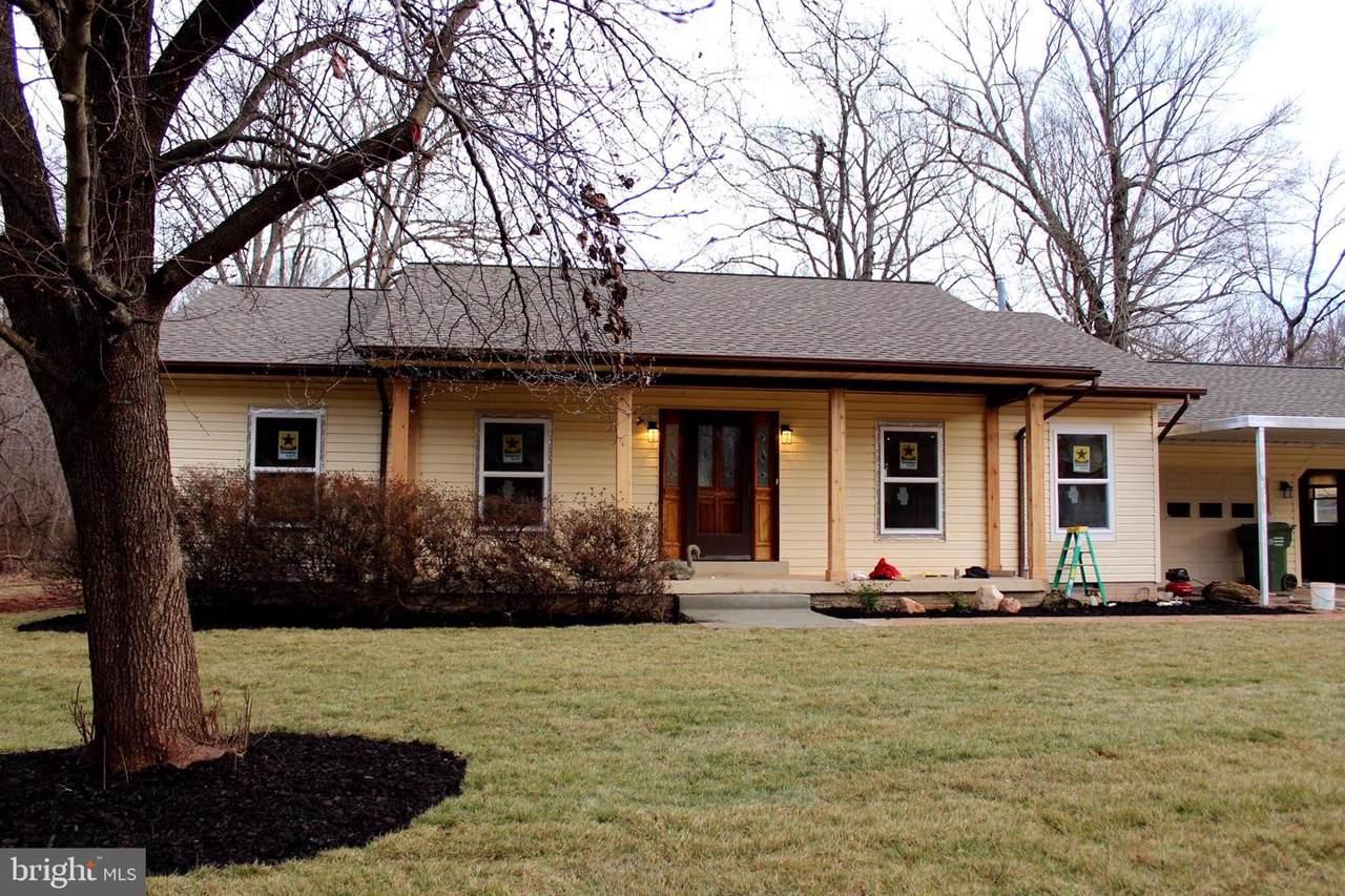 7917 Maplewood Drive - Photo 1