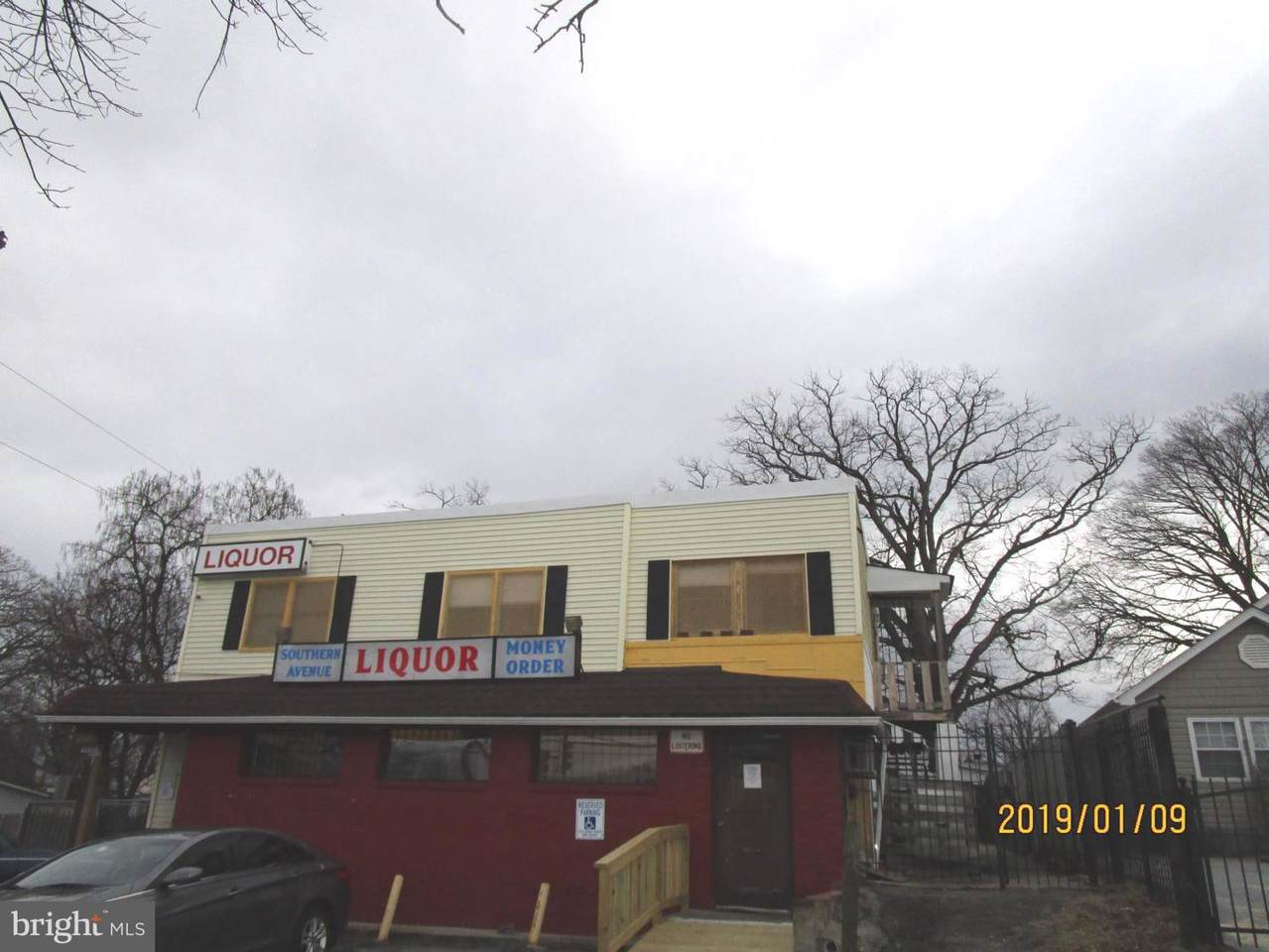 4259 Southern Avenue - Photo 1
