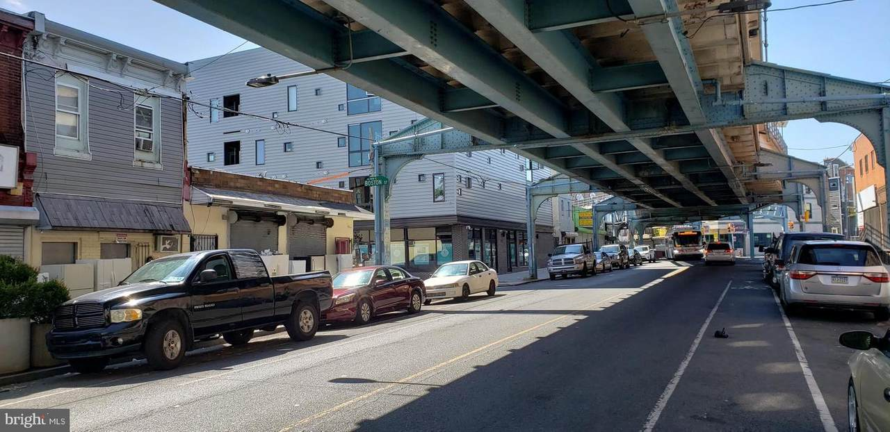 2425 Kensington Avenue - Photo 1