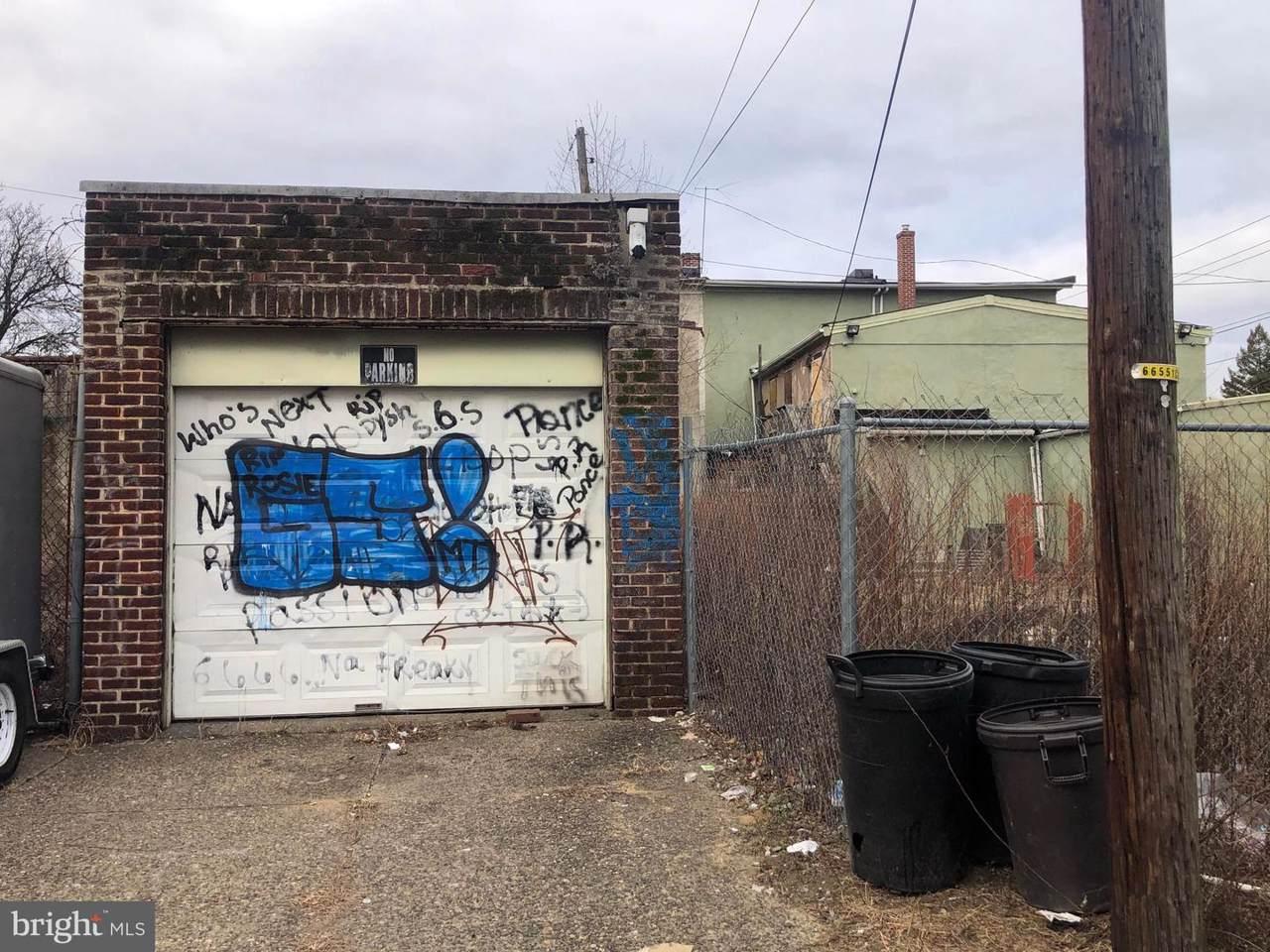 611 Saint John Street - Photo 1