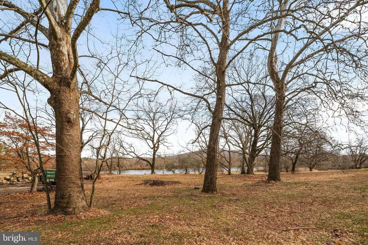 386 Brownsburg Road - Photo 1